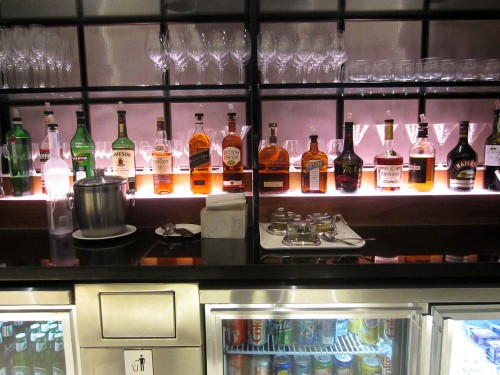 british airways cathay pacific first class lounge