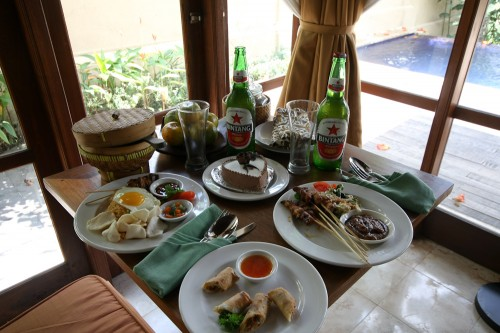 Room service at Komaneka at Tanggayuda