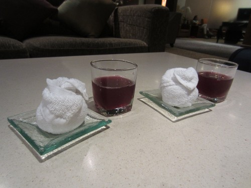 Welcome drinks & cold scented towels