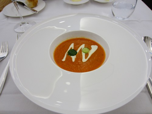 Gaspacho w/cucumber & sour cream