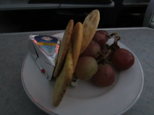 american airlines first class hawaii cheese plate