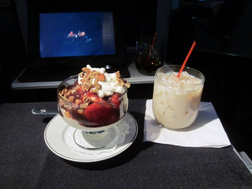 american airlines first class hawaii ice cream sundae